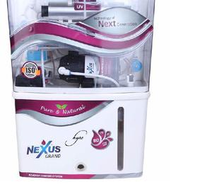 Alkaline water purifier with added minral