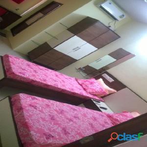 DELUXE A/C HOTEL WITH COMPLIMENTARY BREAKFAST   BELLANDURdsfr