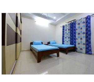 Rent a 3bhk fully furnished flat for family in gachibowli