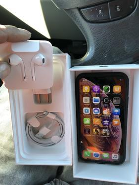 Brand new unlocked iphone xsmax x 256gb