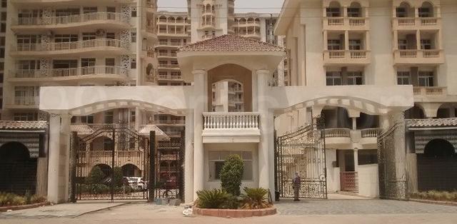 3bhk 4bath apartment rent sds nri residency, sector-45 noida