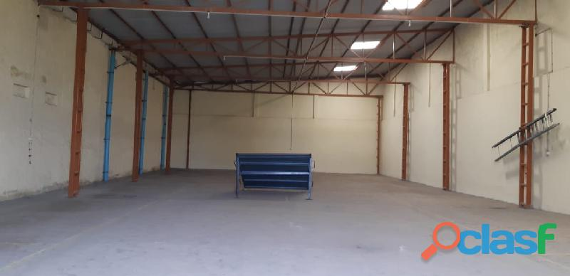 ware house good ventilation in light FCFRFV