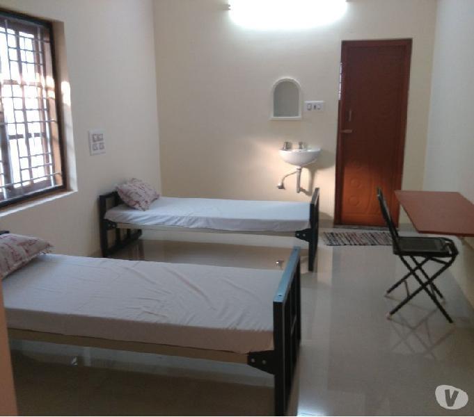 Rooms for men at peelamedu