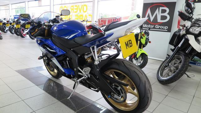 Yamaha R6 YZF LASER Chat 1 90360 05218