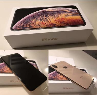 Brand new iphone xs max unbox