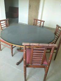 Dining table (4 seats)