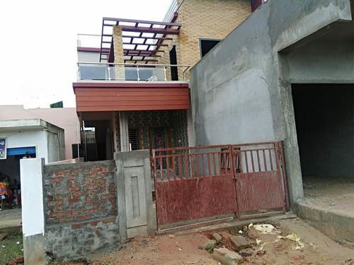 Immediate duplex house for sale