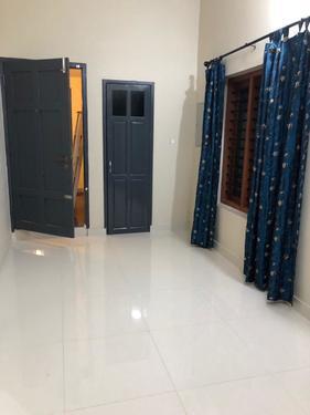 Furnished semi furnished aprtmetns for rent