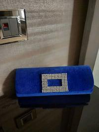 Velvet blue clutch(catwalk)