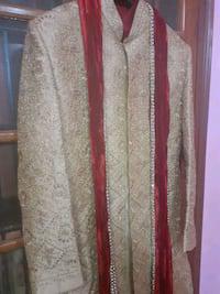 Ethnic groom' sherwani