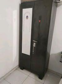 Metal almirah with mirror and lockers