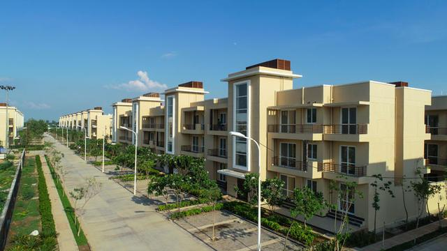 3 bhk ready to move floor in faridabad