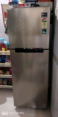 Samsung 243 litres double door refrigerator