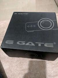 E gate projector