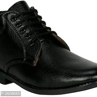 Men's Black Faux Leather Heeled Boot*