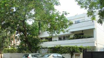 2bhk in Sector 5 Gurgaon near Railway road 9971536944
