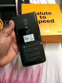 oneplus 6t 10gb Ram 256 GB memory and good condition urgent