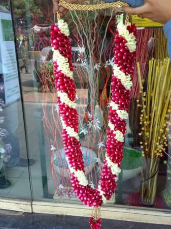 Wedding garland florist service in gurgaon - arts & crafts -