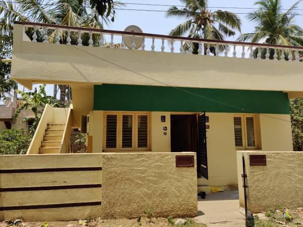 Individual house sale near vandalur railway station - real