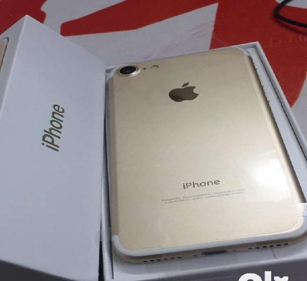 We are selling iphone 7 128gb with bill box and all