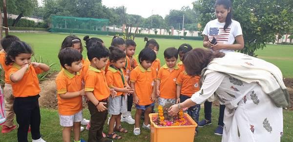 Best play school in south delhi [madeeasypreschool] -