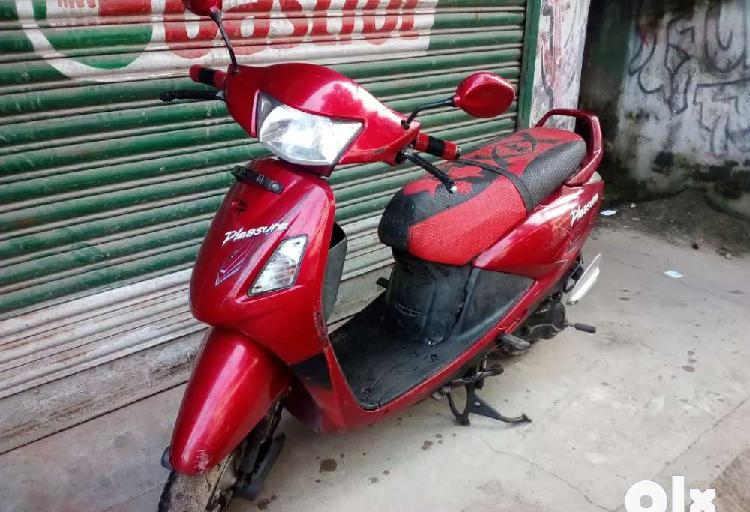 Hero plaser scooty available