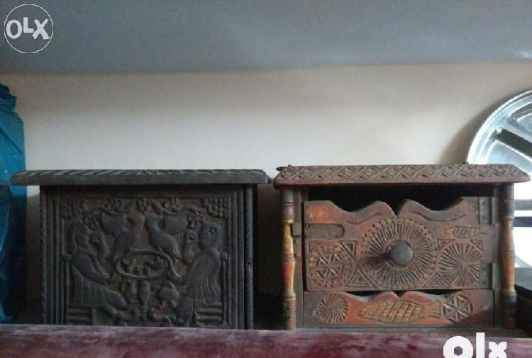 Antique wooden box boxes yr 1739
