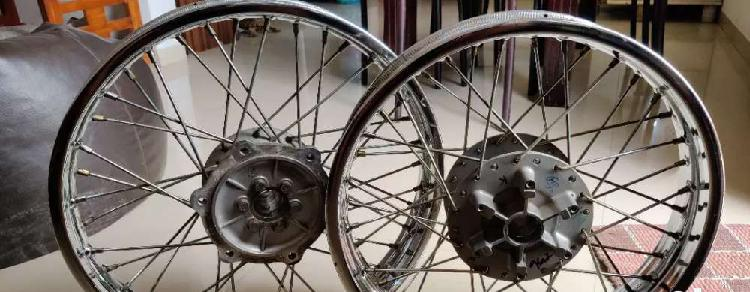 Thunderbird 350 spok wheels1 yr old