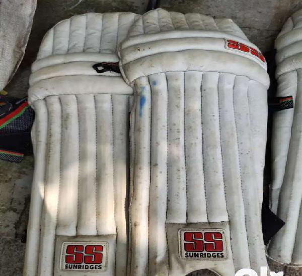 Good condition pads (2 pair)