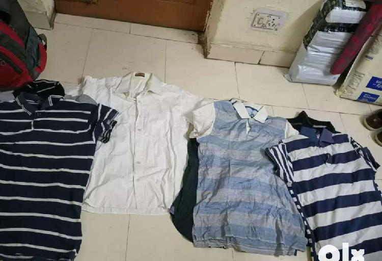 Selling branded tees,shirts & shorts(shoppers stop)