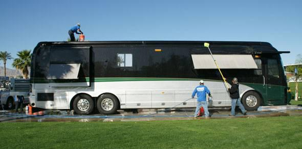 Bus detailing services in delhi ncr - household services