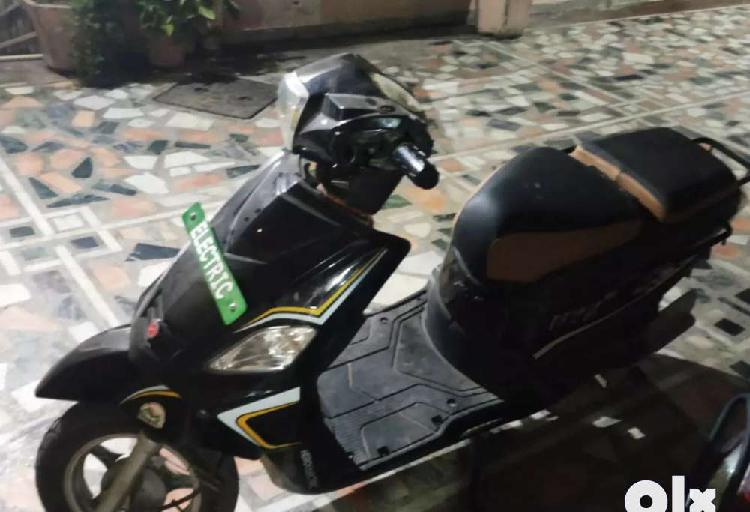 New electric scooty for sale