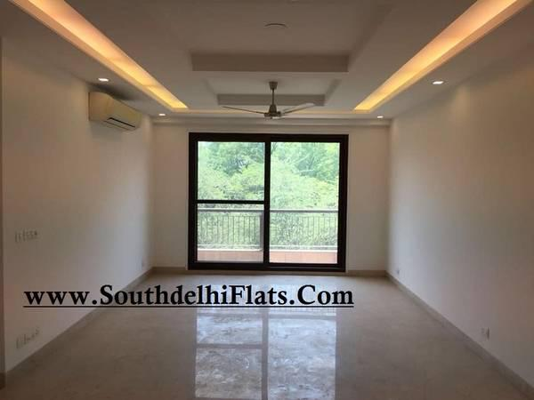 GREATER KAILASH- MODERN 3 BED+LIVING+GROUND FLOOR -