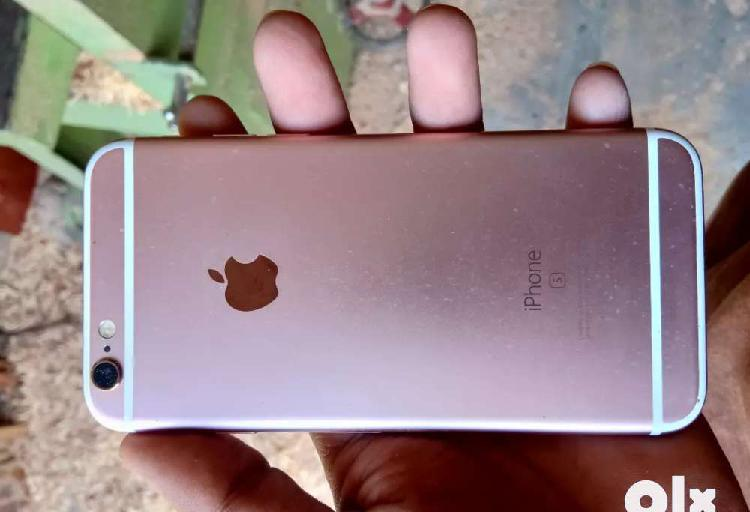 Iphone 6s 32 gb(In warranty)