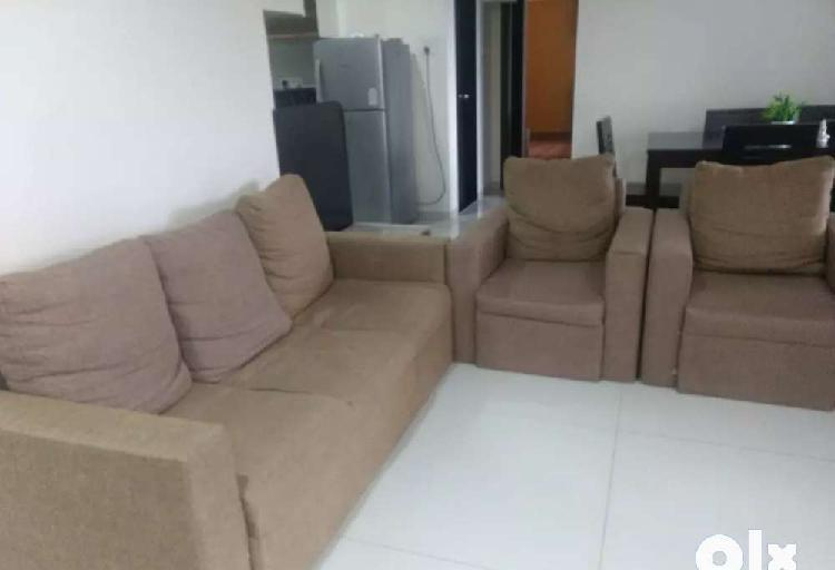 Fabric sofa of good quality wood with very good condition