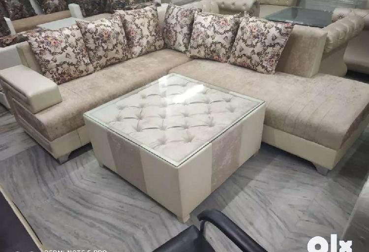 Corner sofa set with centre table at wholesale prices