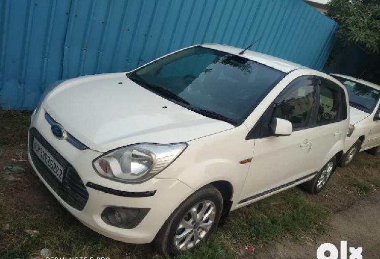 Ford figo figo 1.2p titanium, 2013, diesel