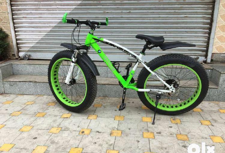 Bmw x9 fat tyre sleek 21 gears cycle & dual disc brakes