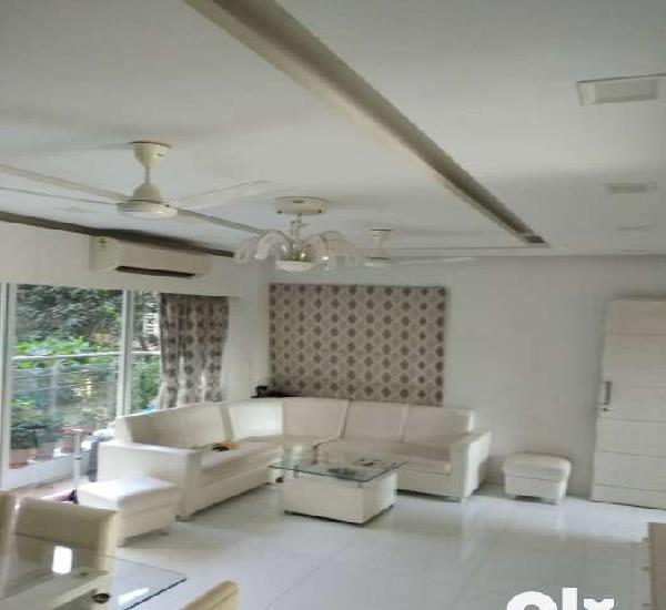 2.5 bhk with reserved car parking fully furnished