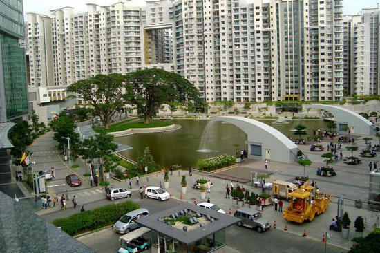 3bhk flat for sale @ brigade gateway apt orion mall rajaji n
