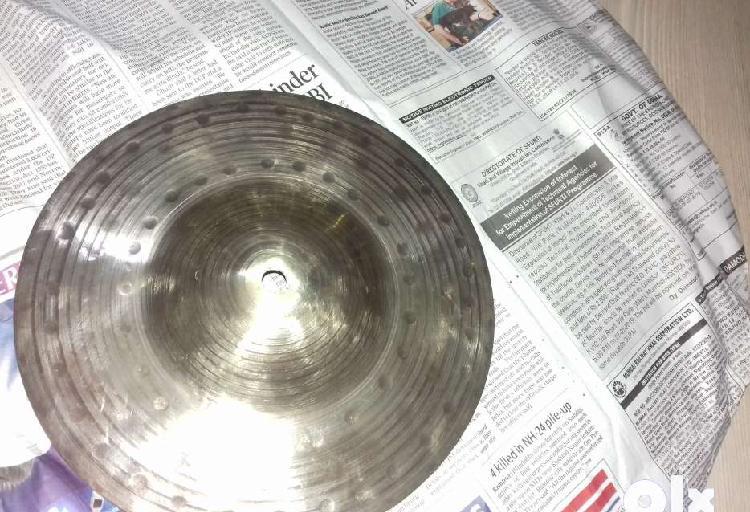 8 inch hand hammered splash new condition