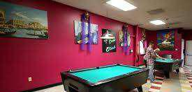 Pool table with gud condition