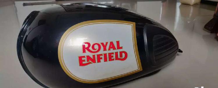 Royal enfield classic 350 tank