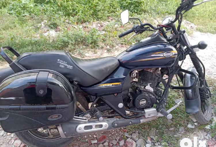 Selling bajaj avenger 150cc
