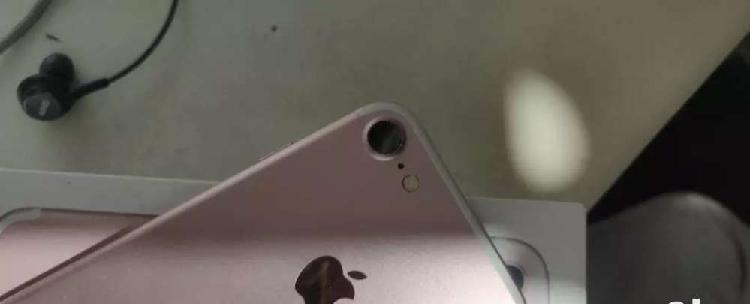 Iphone 7 128gb rose gold 13 months used with original bill