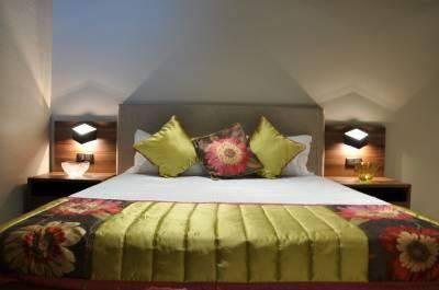 Custom made furniture and interior design services providers