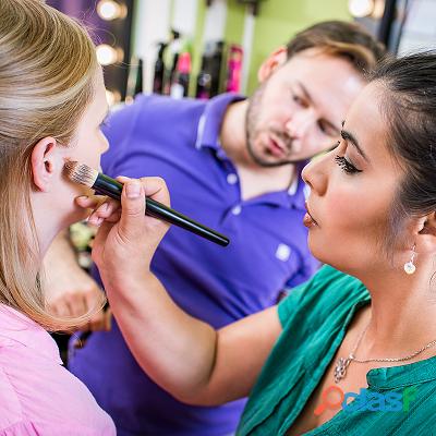 Best makeup academy in delhi location