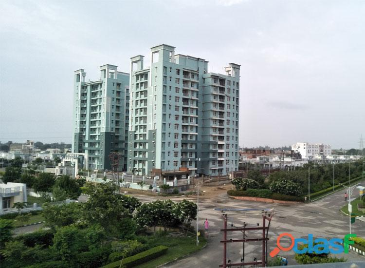 Eldeco City Breeze – 3BHK+Store at Rs. 65 Lacs* on IIM Road 4