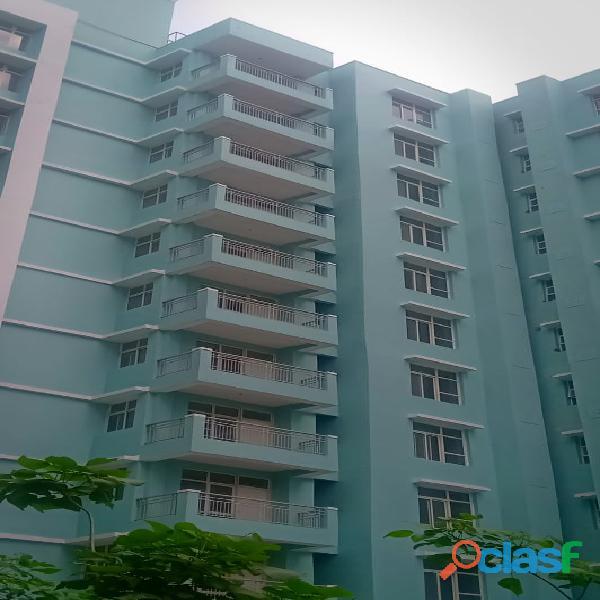 Eldeco city breeze – luxury 3bhk+store apartments in 66 lacs