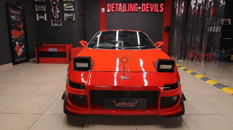 Book your appointment for ceramic car coating with detailin